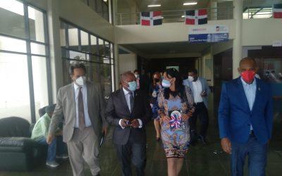 Embajadora de Argentina en el país realiza visita de trabajo al director general de INPOSDOM; tratan temas de cooperación
