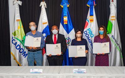 INPOSDOM firma acuerdo interinstitucional para  promover exportaciones de mipymes
